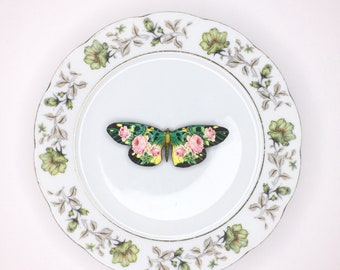 Green and Pink Rose Butterfly 3D Wall Plate Kitsch Display Art Sculpture Pattern for Wall Collage Decor Birthday Wedding Gift