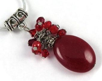 VENTE - fil rouge rubis amas de cristaux sur pendentif ovale rouge Boucles d'oreilles