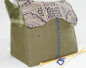 Green Linen, Knitting Bag, Snag-Free, Zipper-less, Yarn Dispenser, Pro-knitter bag, handbag, yarn storage, crocheting tote, Knit on the go