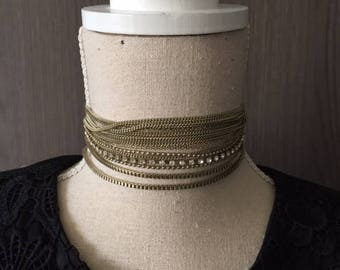 Choker handmade whit different sort of chains necklace