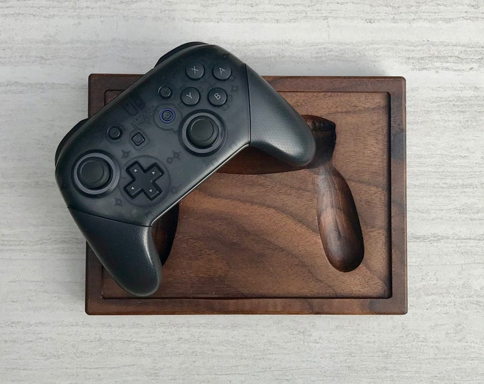 Nintendo Switch Pro Controller Holder