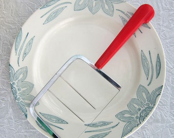 Cherry Red Cheese Slicer Cutter,  Red Bakelite Handle, Retro Red Cheese Slicer, Christmas Entertaining, Christmas Table