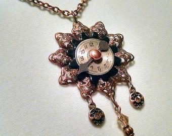 Fleur Bohème  steampunk necklace