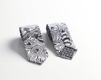 White Floral Patern Batik Tie for Men