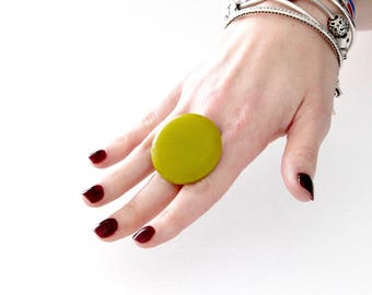 Green ring, statement ring, fused glass ring - statement jewelry, winter fashion, handmade ring by StudioLeanne,