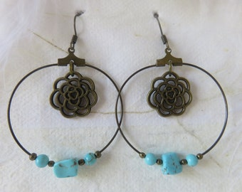 """Bronze Hoop and turquoise beads earrings """"Daïna"""""""