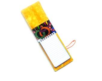 Crayon wallet, birthday party favor, travel activity, kids coloring, crayon roll, crayons pad