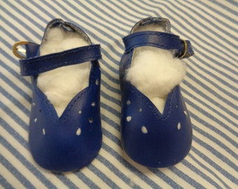 """Classy Style Blue Leather Doll Shoes  Vintage Doll Shoes  SIZE 3- Fits Apple valley Dolls 22"""""""