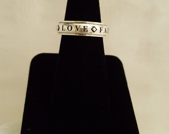 Lavaggi Sterling Silver LOVE*HOPE*PEACE Spinner Ring -EB607