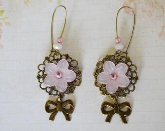 Earrings retro romantic pastel pink flowers