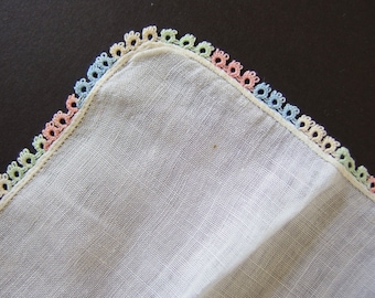 Variegated Tatted Lace Hankie, Vintage White Linen Wedding Handkerchief with Tatted Lace