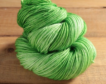 Worsted Weight Merino Yarn - Clover - Cuddlesome