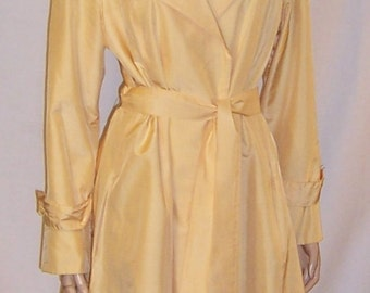 """1970's Pale Yellow All Weather Coat by """"Count Romi"""" for """"Hartly"""""""
