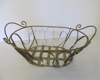 Vintage Wire bread Basket used fair condition