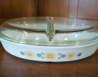 Pyrex Town and Country Divided Covered Casserole