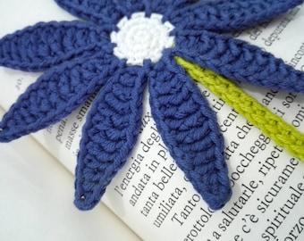 Crochet cotton flower bookmark, book lover gift, fiber daisy bookmark, teacher gift idea, hippie girl gift, 60s 70s lover gift, vegan gift