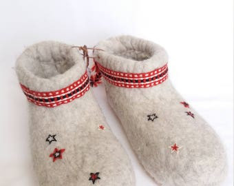 Woollen slippers
