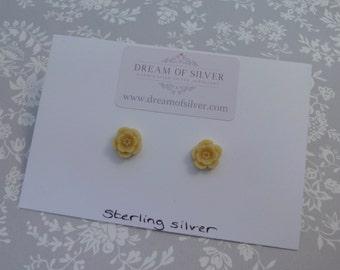 Blossom Stud Earrings - Yellow