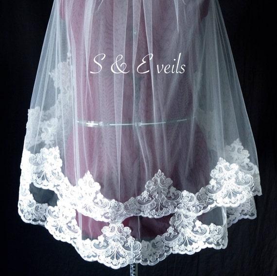 2 Tier Fingertip Veil with Lace | wedding veil