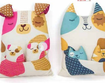 Cat Fabric - Mama papa and Baby Animal -  Moda Fabric - Woof Woof Meow - Sold by the Panel - DIY stuffed animals