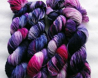 Merino SINGLE yarn, 100% Merinowool 100g 3.5 oz.Nr. 138