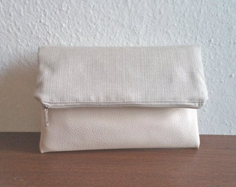 Foldover clutch purse, zippered pouch