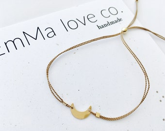 Moon Bracelet / Stackable Bracelet / Minimalist Bracelet / Minimal Bracelet / String Bracelets / Silk Bracelets