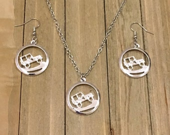 Jeep Necklace, Jeep Jewelry, Jeep Girl, Jeep Lover, Jeep Gift for her, Rockcrawler Necklace, Rockcrawler Jewelry, Jeep Enthusiast, Jeep Life