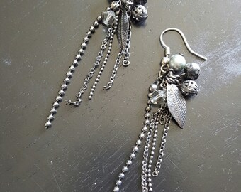 SALE - Rowena Earrings - Chain Dangle Black Silver Gunmetal Leaf Earrings - Bella Mia Beads - READY to SHIP