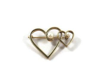 2 Heart Gold Tone Faux Pearl Brooch, Heart Brooch, Valentines Day Brooch, Valentines Day Jewelry, Faux Pearl Jewelry,