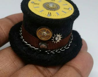 Tiny Steampunk Top Hat with watch gears #3