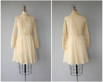 Vintage 1960s Lace Dress | 60s Dress | 60s Wedding Dress | 60s Lace Dress | Vintage 1960s Dress | 60s Party Dress | Cream Lace Party Dress
