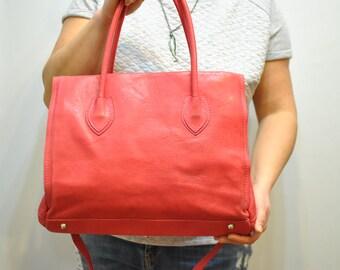 Vintage LEATHER BAG , women's pink handbag.............(312)