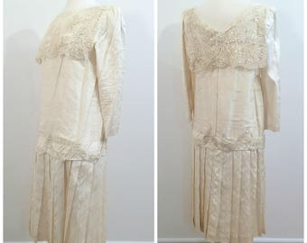 Vintage 1980s does 1920s SILK WEDDING DRESS/size Small