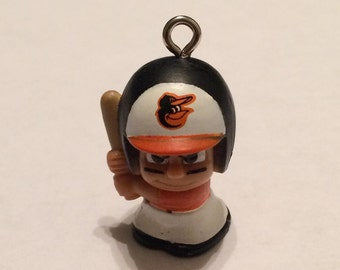 Oriole Keychain