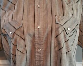 Ely Cattleman Ranch Shirt. Size L