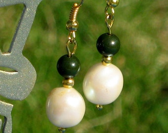 Earrings Dangles Vintage Pearls Baroque Green Lucite Modernist Beaded Pretty Upcycled Boho Chic That 70's Show Handmade Gold Tone Ear Wires