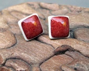 Petit Tuile Earrings in Cherry Red
