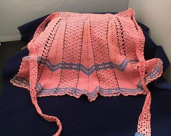 Vintage Crocheted apron, pink half apron, 1950s Apron, entertaining Hostess Apron, Baking Party apron, hostess kitchen apron, free shipping