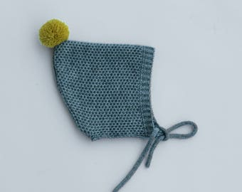 Pixie hat toddler - knitted baby bonnet - Pixie baby bonnet - Knitted hat children - Pompom infant hat - Kids knit hat
