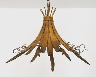 Beautiful Italian mid-century modern gilded metal pendant lamp | 1950 's | Hollywood Regency, Hans Kögl era |