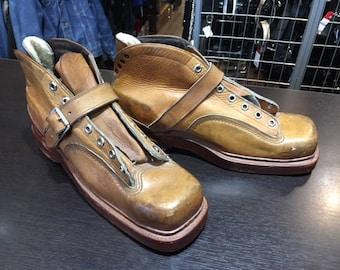 Vintage Chippewa Ski Boots