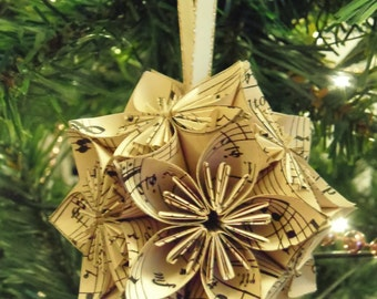 Vintage Music Notes Origami Ornaments - Multiple colors, great for Christmas, wedding and bridal shower decoration and more!