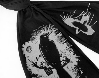 Nevermore Raven Scarf - Edgar Allan Poe Scarf - Book Scarf for Women or Men - Bookworm Gifts - Literary Gift - English Teacher Gift