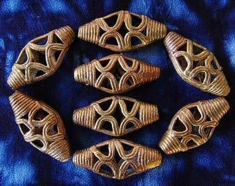 8 beads African brass BB29