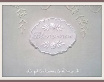 White Medallion embroidered welcome