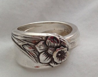 Spoon Ring Daffodil 1950 Choose Your Size Vintage Silverplate
