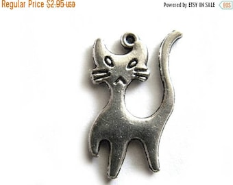 HALF PRICE 6 Silver Stretched Cat Charms