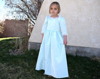 Girls French Colonial, Hamilton, Schuyler Sisters, Eliza, Marie Antoinette, Mint Green American Colonial style taffeta gown, France,