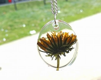 Dandelion Necklace, Real Flower Jewelry, Pressed Flower Jewelry, Crystal Resin Pendant Necklace, Vintage Flower Pendant, Botancial Jewelry